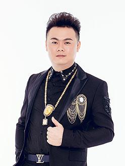李遂中美发导师