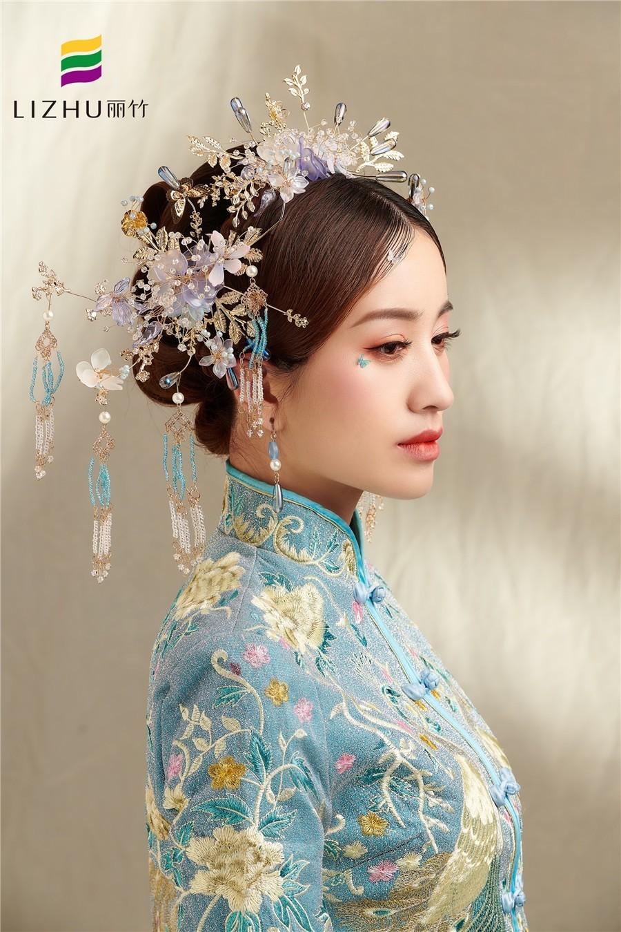 蓝色系秀禾新娘造型